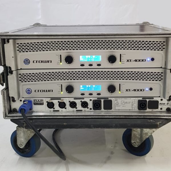 Crown Xti 4000 amplifier rack
